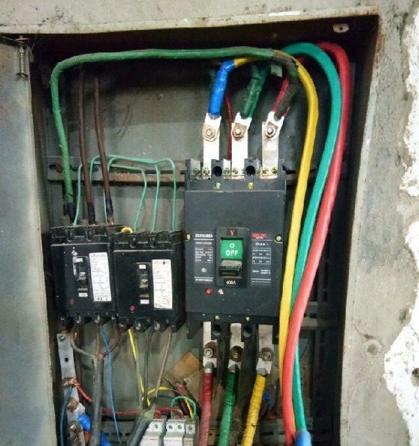 家庭 公司控制电路,维修船发动机图片