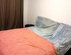 精装修的三居室套房出租。