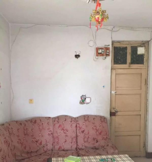 胶鞋厂家属院,2室1厅,便宜出租,550元,长期可便宜
