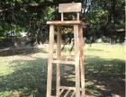 这是我毕业设计作品,**的多功能置物架,可以当梯子及