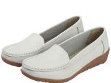 伟登 防滑牛筋平底白色护士鞋 时尚休闲小白鞋 真皮妈妈女鞋