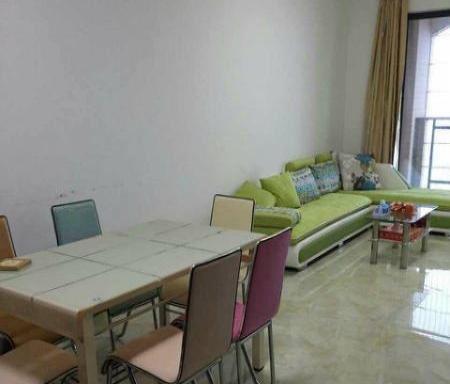 人和春天2房2厅月租2600元。