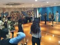 广州百信广场零基础学流行舞蹈,爵士舞培训,酒吧领舞