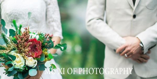 高端定制婚纱摄影、写真、儿童摄影专业一对一服务
