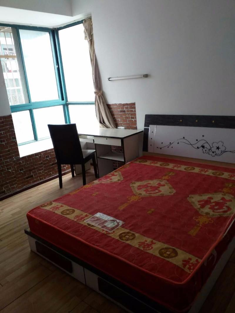 藏龙岛 万豪水岸枫林 3室 2厅 合租万豪水岸枫林