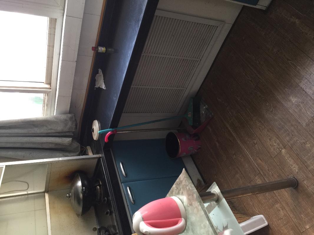 皋兰路 东方红广场汽车东站对面 2室 1厅 50平米 整租东方红广场,耿家庄,汽