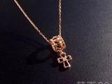 卡地亚Cartier玫瑰金十字架18K玫瑰金吊坠项链