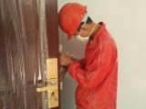龙华金贸开锁修锁换锁公司24小时提供服务节假日正常上班