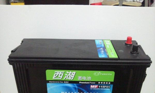 骆驼电池以旧换新 电瓶上门安装修复 日产汽车电池图片