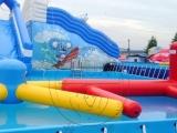 气模玩具小投资广场庙会充气城堡支架水池水上冲关水上乐园水滑梯