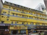 步行街地铁口一楼22平方米单身公寓出租 房租押一付一步行街中心广场附近