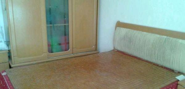 湛河蓝天花园1室1厅1卫700元
