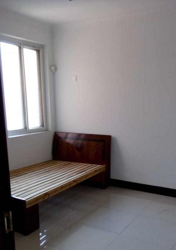 东门颐景 2室2厅 92平米 简单装修 年付