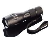 批发套装 进口t6大功率强光手电筒 充电远射 led电筒 可变焦