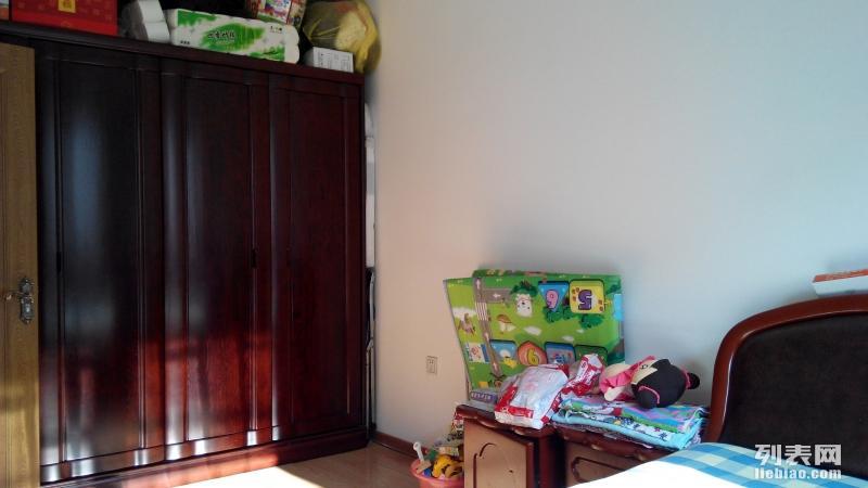哈尔滨平房区 建安花园小区建安小区 2室 2厅 100平米