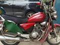 雅马哈劲悍太子摩托车