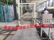 曼国化机供应上等保温一体板设备,沧州一体板设备生产厂家