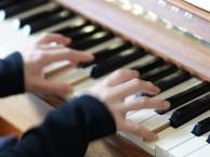 嘉兴学钢琴,嘉兴钢琴培训班学习对幼儿成长的好处