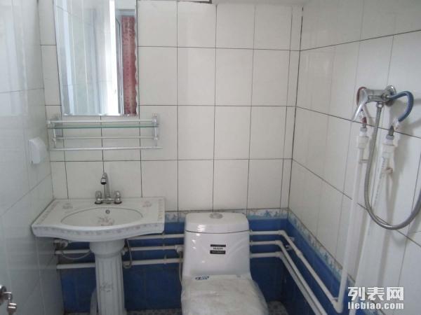 房东直租 整套新房 独立卫浴 拎包住