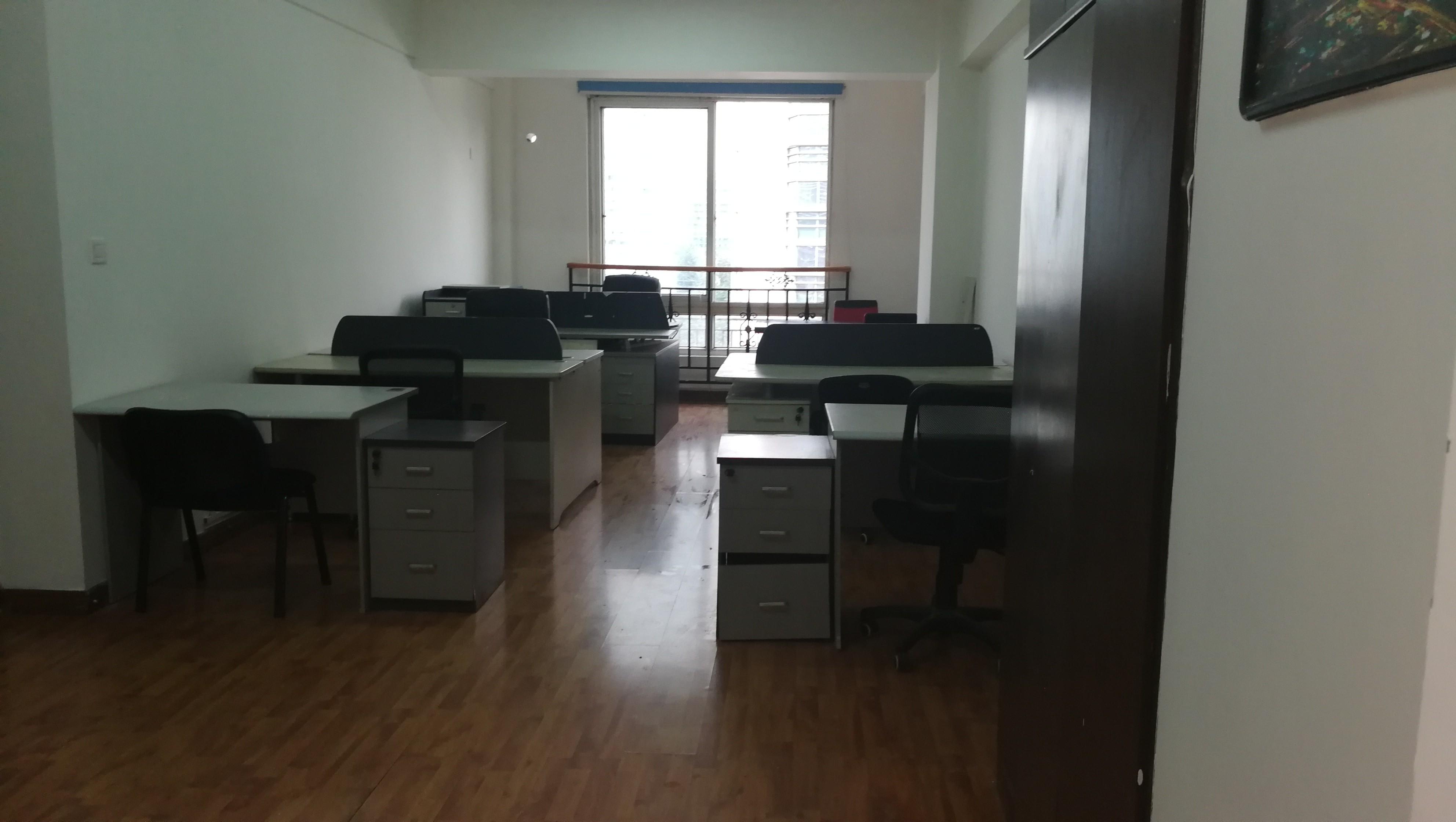 督院街 美华大厦 1室 1厅 103平米 整租美华大厦