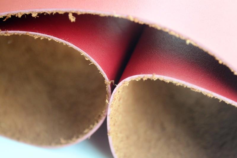 pu革 鞋子面料 商标革 皮革面料 服装辅料 仿真皮压变革