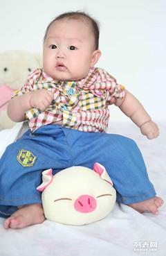 儿童摄影龙凤贝贝拍宝宝照,免费上门宝宝状态好