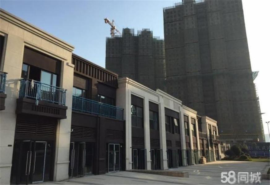 紧邻王家湾商铺商务区,底商临街好铺子,可做三层,业态不限!