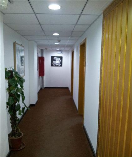 办公间出租三环周边小平方办公室出租免水电瑞普电子大厦