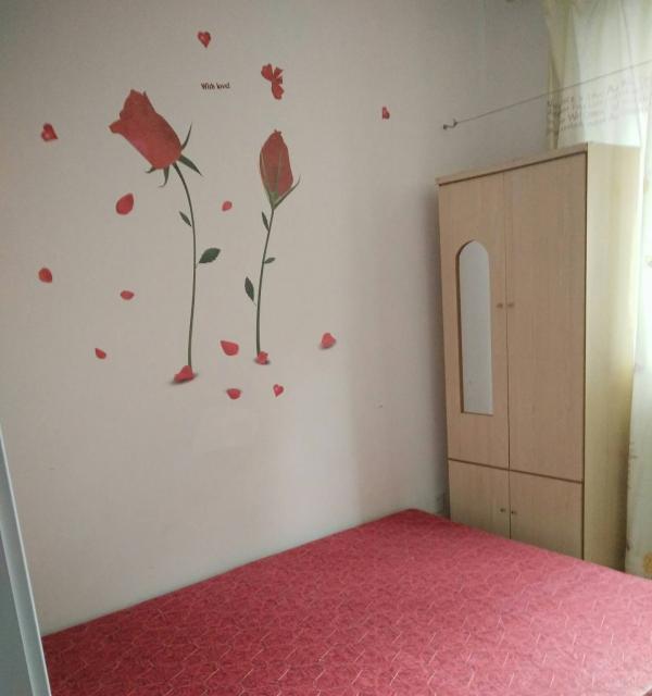 急租三盛国际广场附近得祥园3室1厅1卫单间,个人房子。