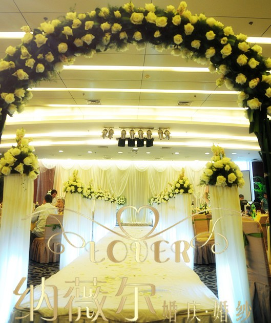 韩式 鲜花 主题婚礼 6600元 含T台