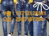 东莞虎门黄河时装城地摊热销牛仔裤货源厂家5元牛仔裤批发市场