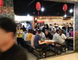 松江万人园区成熟美食广场档口可做一日三餐性价比超高