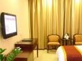宾馆处理用了三年多的家具、桌椅、布草、灯具等等