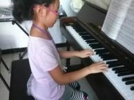 爱唱歌学唱歌儿童成人专业教室k歌神器钢琴古筝等寒假报名
