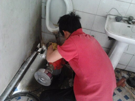 低价疏通下水道 清掏化粪池 高压车清洗管道 抽泥浆 抽污水