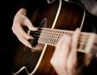昆明市二手吉他beng次咔次吉他初学