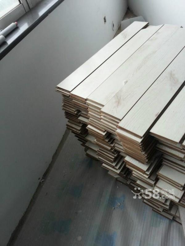 6000多平方95成新二手地板,木门 南京平安保质保量出售安