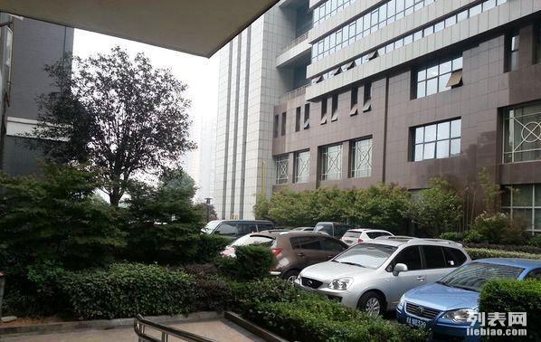 火车站附近解放东路89号华海3c广场电梯小套 家具家电宽带齐