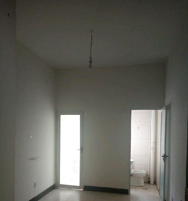 寨子巷188号 1室1厅1卫 一厨一卫