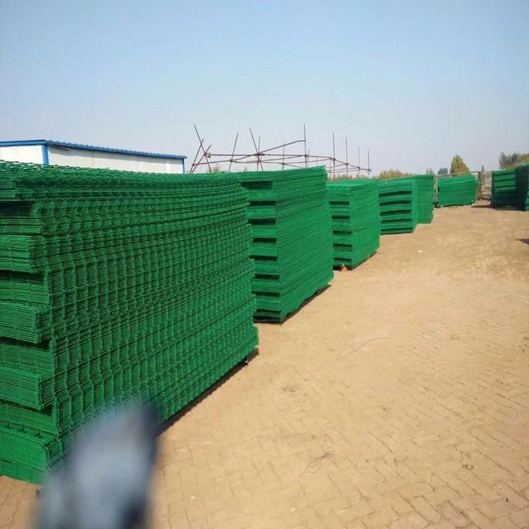 大量供应空地围栏网边框护栏网双边护栏安装方便