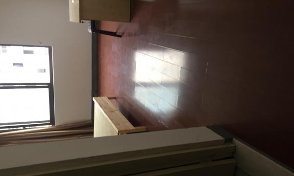 万达广场付近高层小区有电梯全新的里面有床空调