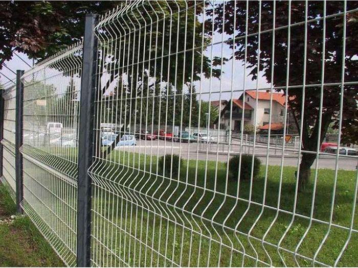 小区折弯护栏1.jpg
