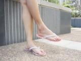 夏季新款热卖水晶水钻果冻平底夹脚人字拖沙滩鞋凉拖女鞋凉鞋批发