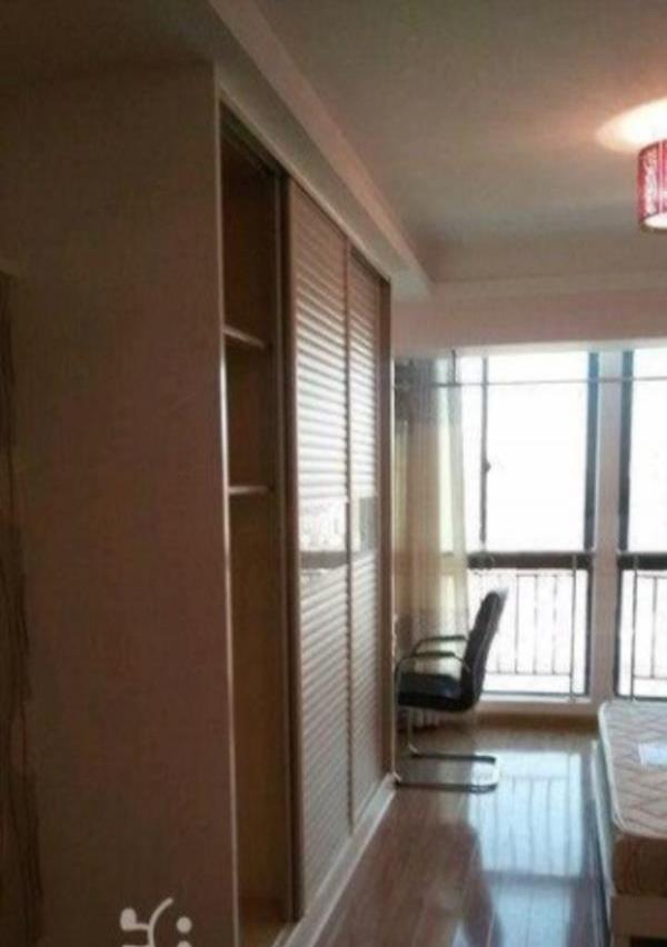 金水湾 一室一厅一卫50平 精装 家电齐全 拎包入住看房满意