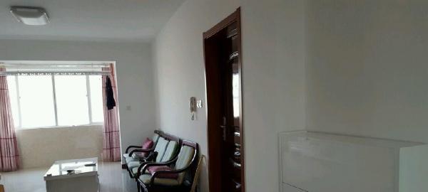 光明嘉园 3室2厅1卫 精装修