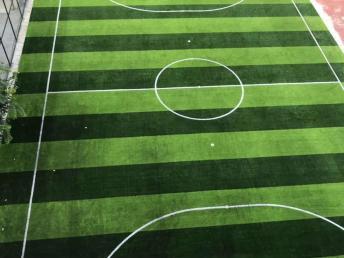 钦州5人制足球场草坪施工