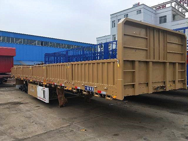 13米轻体标箱半挂车 高强钢制造 梁山厂家直销