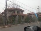 别墅出售,260平米,带室内车库,小院