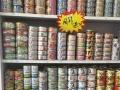 批发零售各种国产,进口罐头,零食,粮。