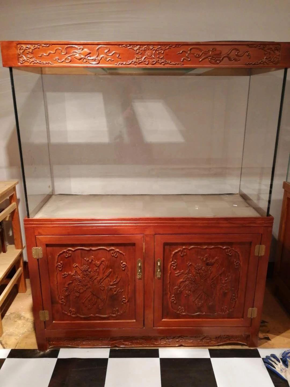 厂家专业定做超白缸,实木鱼缸柜销售山东金晶玻璃
